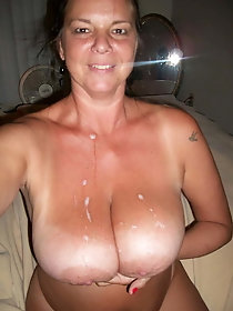 Dazzling older cougar likes nudism so much